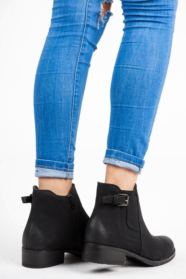 VICES new collection Černé kotníkové boty nízké - 36