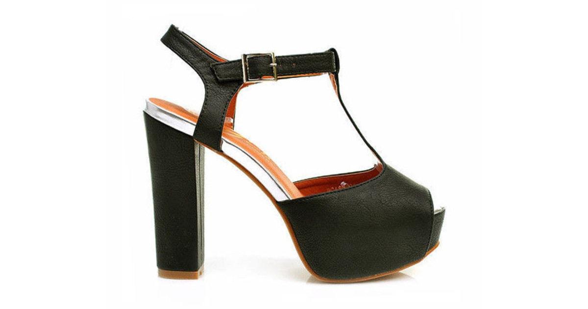 b208de6dc1e Černé sandálky na hrubém podpatku - COMER - Sandále