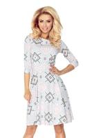 Dámské šaty s rozšířenou kolovou sukní