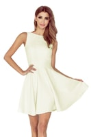 Šaty s kolovou sukní s lodičkovým výstřihem ecru