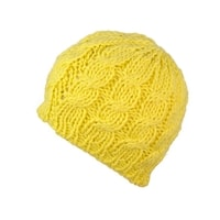 Teplá pletená žlutá čepice