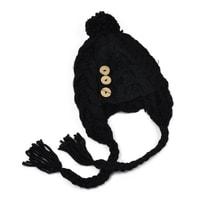 Čepice s copánky černá