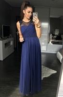 Dámské dlouhé šaty s perličkami modrofialové
