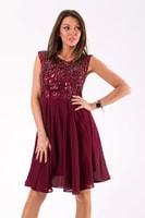 Vínové plesové šaty se zdobeným vrškem 7784c16e4f