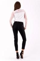 Černé kalhoty s páskem