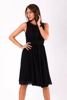 Krátké vypasované šaty černé