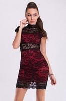 Moderní červené šaty