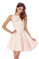 Šaty s kolovou sukní a lodičkovým výstřihem v broskvové barvě