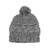 Šedá pletená čepice