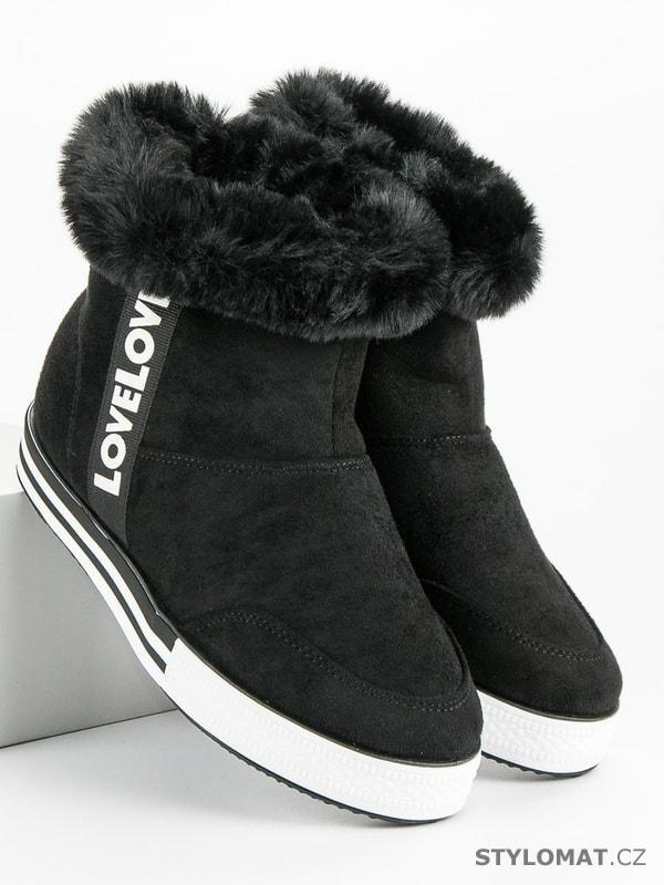 Zateplené vysoké tenisky černé - Ideal Shoes - Kotníčkové boty 77455f86a41