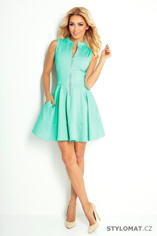 036d107e01a Šaty se zipem a kapsami blankytně modré. Zvětšit. Previous  Next
