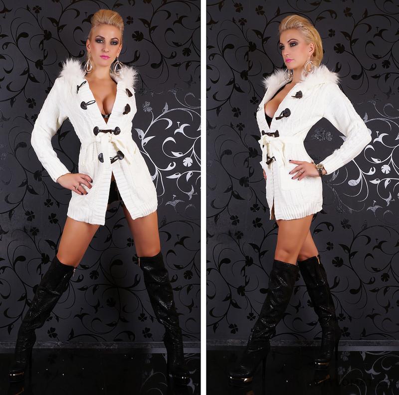 ... Luxusní dlouhý svetr zateplený s kožíškem a kapucí. Previous  Next 171792dd6a