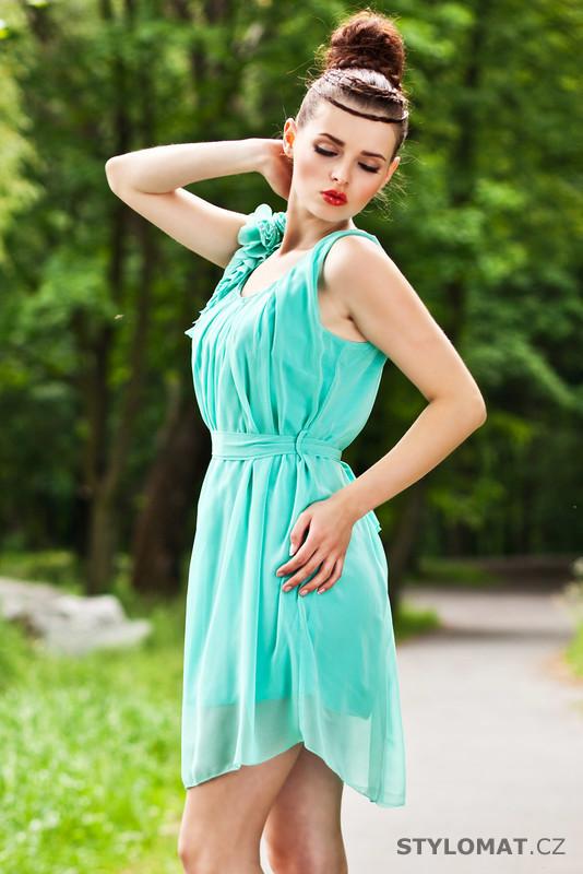 d4226d64536 Dámské mátově zelené éterické šaty - Pink BOOm - Krátké letní šaty