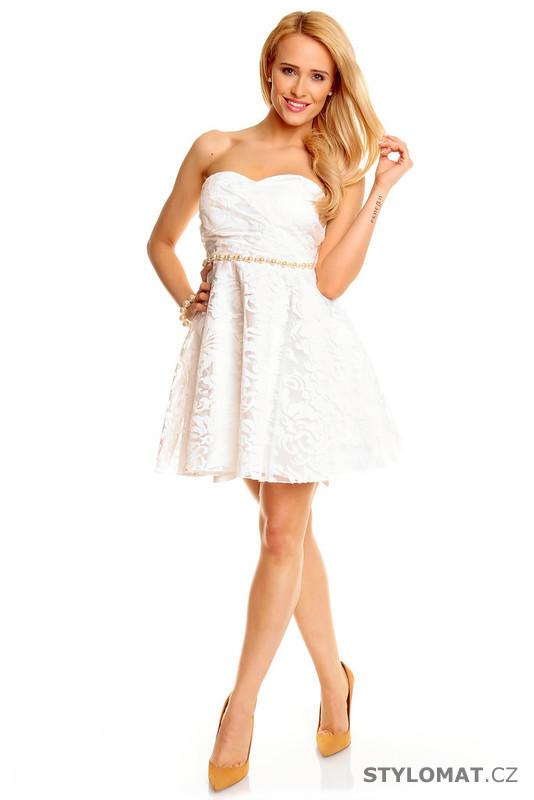 814ce85efc3 Bílé koktejlové šaty - Mayaadi - Krátké společenské šaty
