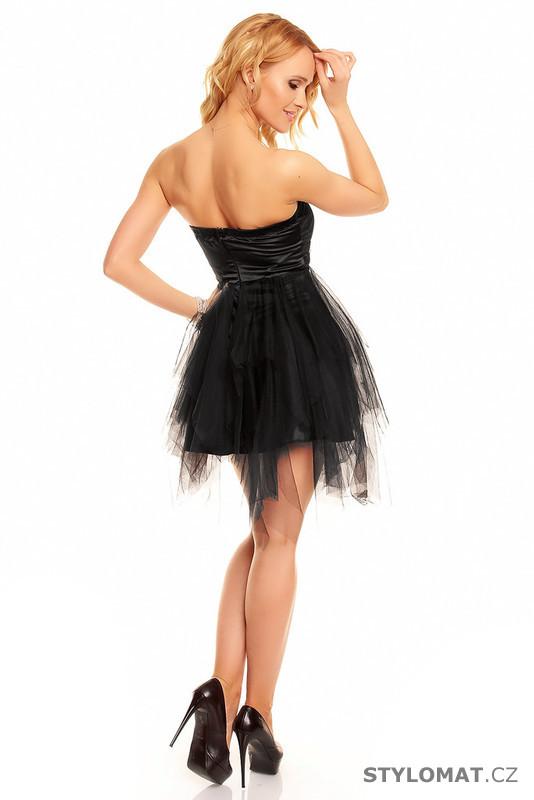 45fa5812fce ... Krátké společenské šaty    Krátké černé plesové šaty. Previous  Next