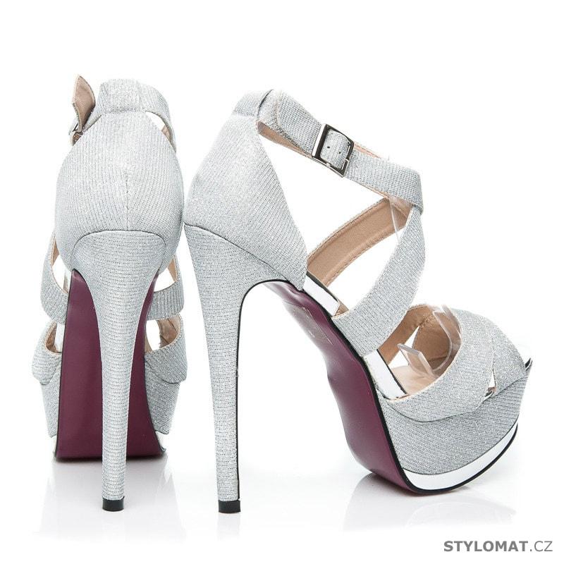 0c1d4b8d196 ... Blýštívé sandály na ples stříbrné. Previous  Next
