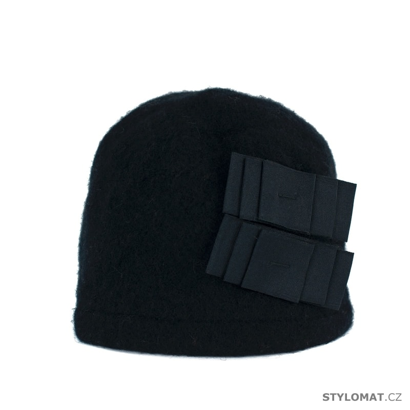 Elegantní dámský zimní klobouk černý - Art of Polo - Dámské vlněné ... d240b654ac