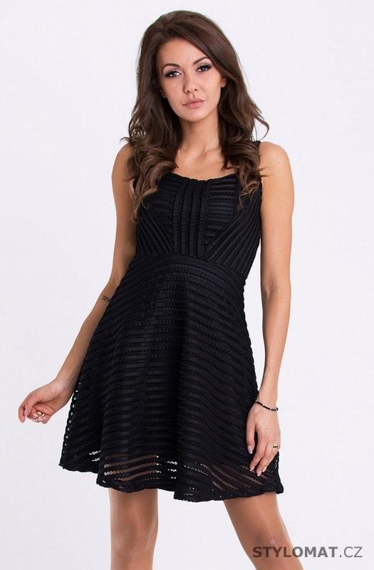 e0d4f05f27a Černé koktejlové šaty na ramínka - Emamoda - Krátké společenské šaty