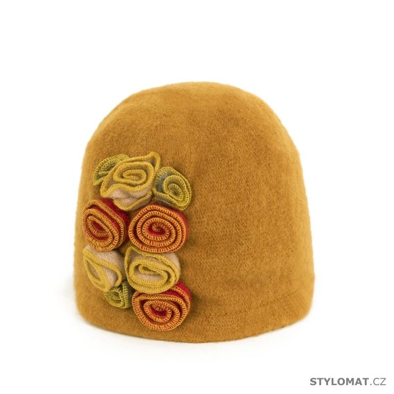 1ec52300f74 Pískový vlněný klobouk s květy - Art of Polo - Dámské vlněné klobouky
