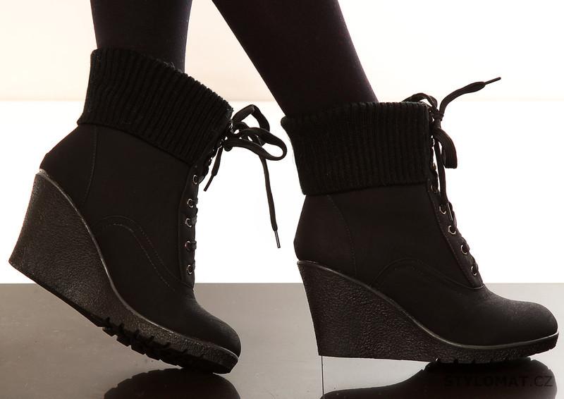 913177a6687 Dámské černé kotníkové zimní boty - One Style - Kozačky