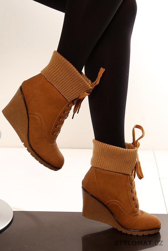 baa461fba27 Dámské hnědé kotníkové zimní boty - One Style - Kotníčkové boty
