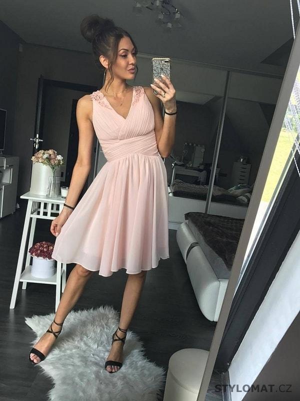 Dámské pudrově růžové koktejlky - Eva Lola - Krátké společenské šaty 22b2ab7fd8