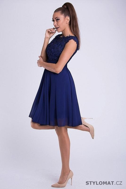 Krátké společenské šaty s krajkovým vrškem modré. Zvětšit. - 3%. Previous   Next 06767141e5