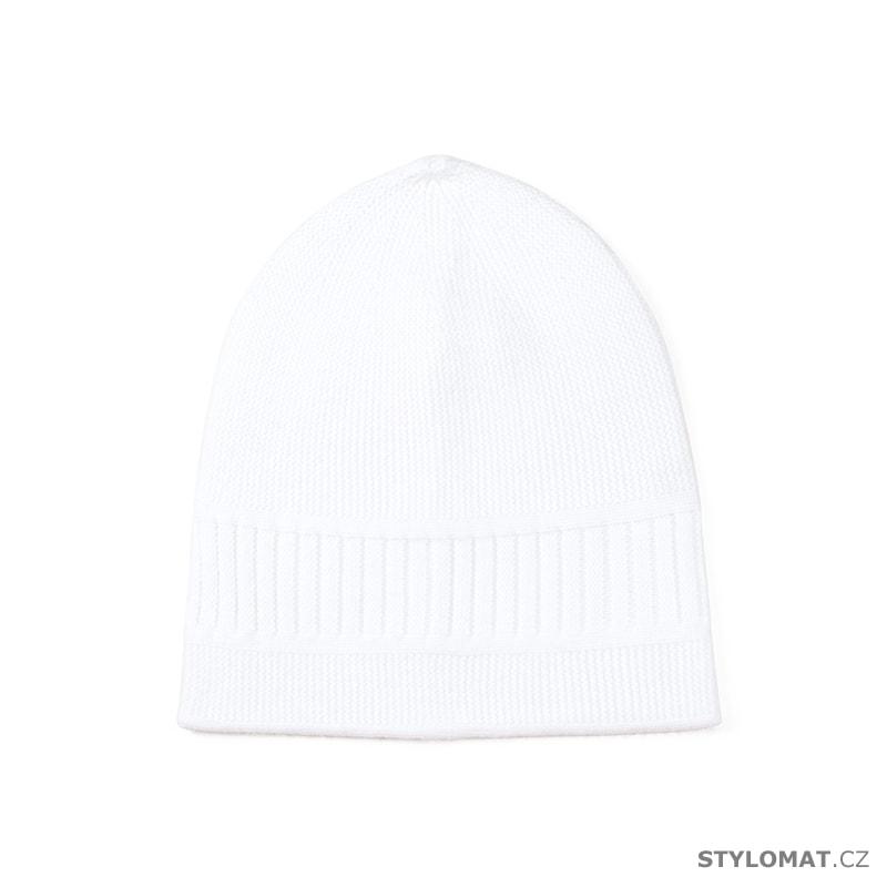 0584c5b4803 Dámská jednoduchá čepice bílá