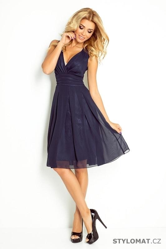 ... Krátké společenské šaty    Tmavě modré šifónové šaty. Previous  Next d4d363d29ab