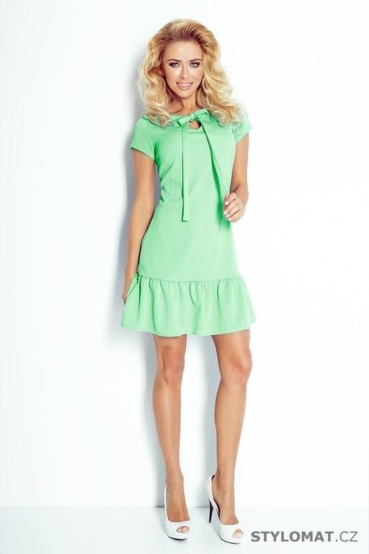 Zelené šaty s volánem a mašlí - Numoco - Krátké letní šaty 4d88eee2f11