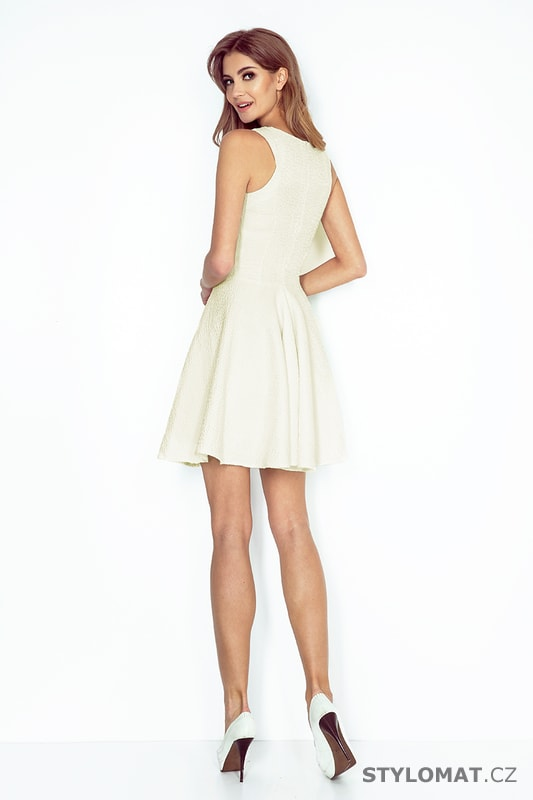 d4e77cc8452 Šaty s kolovou sukní s lodičkovým výstřihem ecru - Numoco - Krátké  společenské šaty