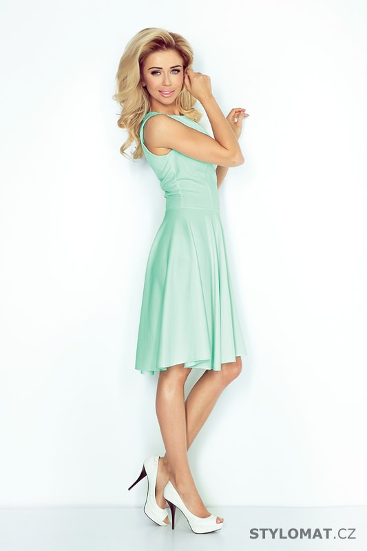 be78b139234 Šaty s kolovou sukní a lodičkovým výstřihem mátové. Zvětšit. - 5%.  Previous  Next