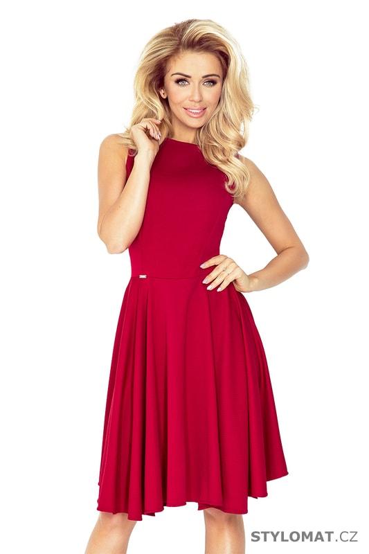 a15a85af783 Kolové šaty s lodičkovým výstřihem bordó - Numoco - Krátké společenské šaty