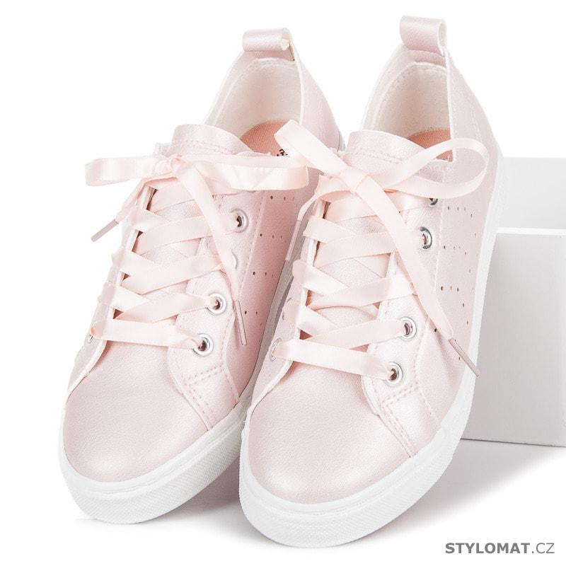 55d671498513 Trendy růžové tenisky vázané stužkou - Kylie - Tenisky