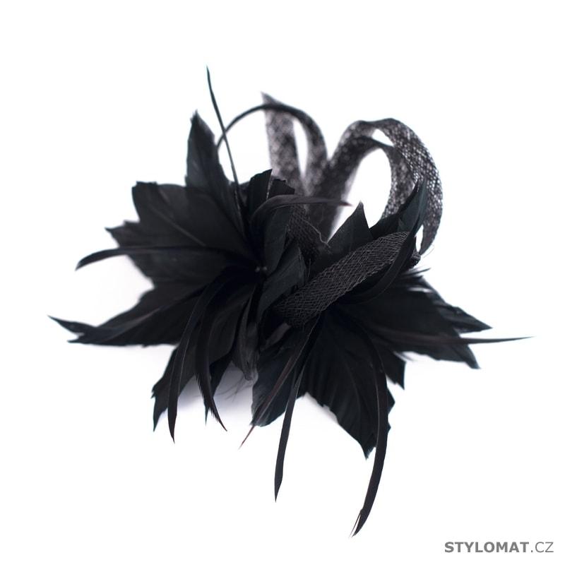92a35770ace Fascinátor s peřím černý - Art of Polo - Fascinátory a ozdoby do vlasů