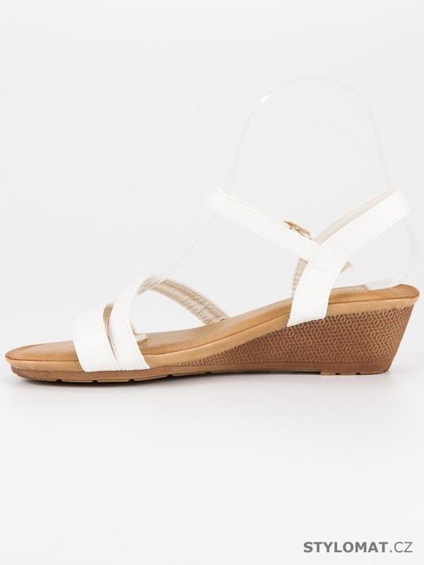 ... Sandále    Pohodlné sandály na klínu bílé. Previous  Next 7c565f91cf