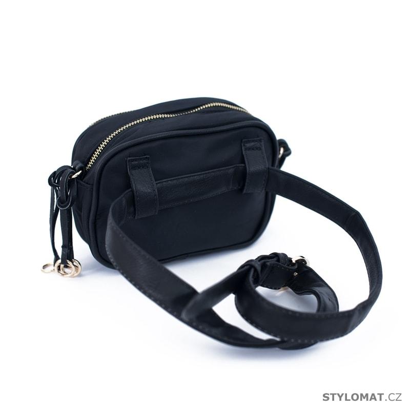 Černá dámská ledvinka - Art of Polo - Dámské kabelky a tašky c10b5d4e2ff