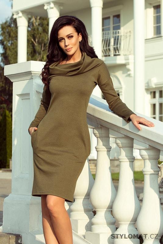 Podzimní šaty s širokým rolákem a kapsami khaki - Numoco - Jarní šaty 906341af04