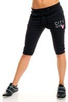 Dámské černé sportovní capri kalhoty
