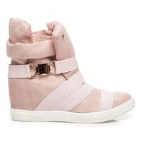 Sportovní boty na klínu růžové