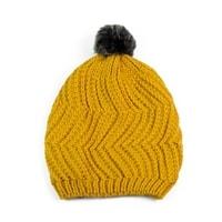 Čepice s kožíškovou bambulí žlutá