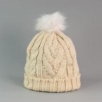 Čepice s bílou králičí bambulí