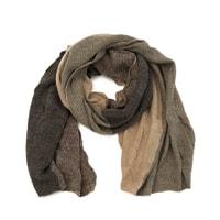 Barevný měkký šál hnědý