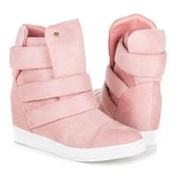 Růžové sneakery na klínu