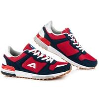 Červené vázané boty american