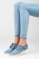 Dámská obuv s květinovou vyšívkou modrá