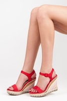 Letní dámské boty na klínu červené