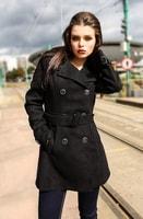 Podzimní dvouřadý kabát černý