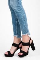 Černé sandály na sloupkovém podpatku