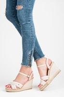 Dámské béžové sandály na podpatku